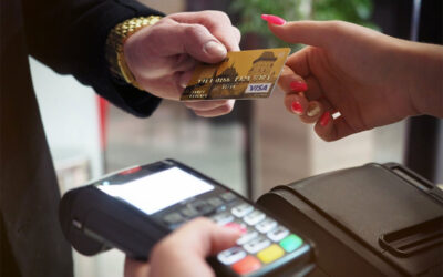 Debit Card vs Credit Card: Pros and Cons Worth Considering
